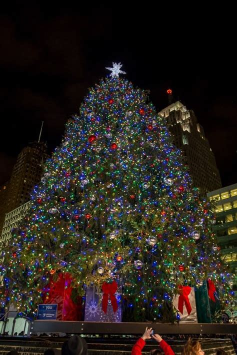 christmas tree lighting speech sles news for 11 18 2014 positively detroit info tree lighting detroiteverything