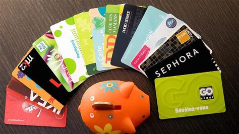 Reward Gift Card - loyalty rewards misses cost consumers cash