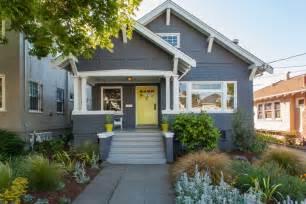 Small Home Paint Colors - exterior bungalow paint idea