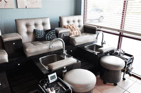 Spa Room Essentials by 219 Best Images About Salon Spa S Boutique Retailers On