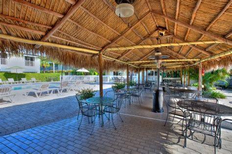 Tiki Hut Motel Naples Courtyard Inn Hk 1 345 H K 1 5 1 7 Updated