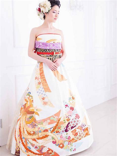Dress Kimono brides in japan are turning their traditional kimonos into