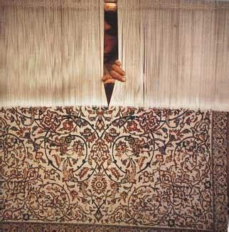 pulitura tappeti persiani pulitura e restauro tappeti kilim asia pulitura restauro