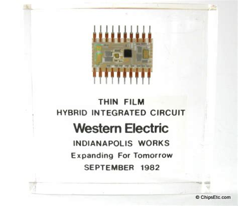 vacuum transistor integrated circuit microprocessor the hybrid integrated circuit vintage computer chip collectibles memorabilia jewelry