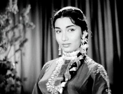 indian film actress sadhna 9 facts about bollywood s most beloved actress sadhana