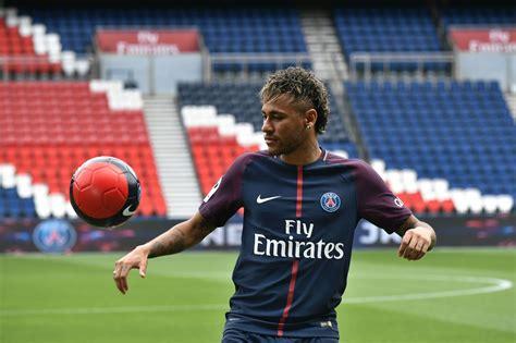 neymar arrives  psg  money wasnt motivation