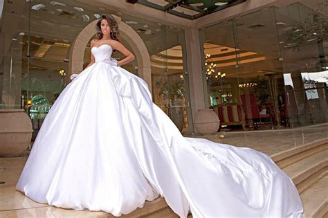 Wedding Dress Sub Indonesia by Gaun Malam Tahun 2015 New Style For 2016 2017