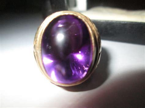 batu akik borneo ungu yang unik