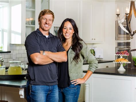 chip and joanna gaines chip and joanna gaines net worth plunged in debt