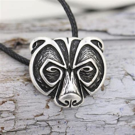 norse bear amulet necklace  shipping sugar cotton
