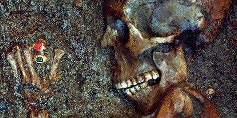 lade di lava the ringed bodies of mount vesuvius