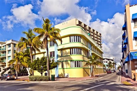 miami s deco district sun pastel shades and neon lights friendly rentals