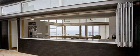 Casement Window Awnings Aluminium Windows And Doors Hanlon Windows Australia