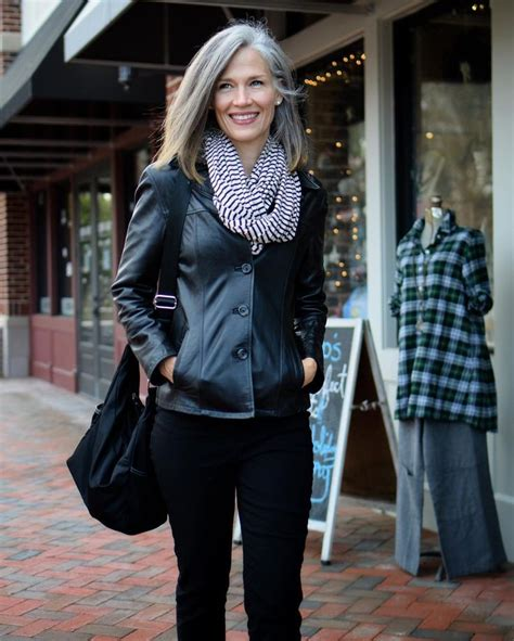 celebrities women grey hair in their 40s great stylish mature lady ageless style pinterest