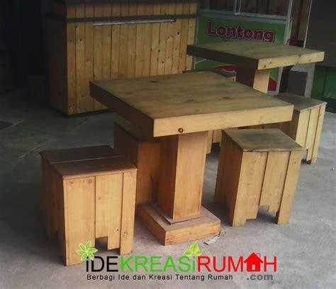 Meja Untuk Cafe percantik cafe anda dengan kursi kayu kotak minimalis