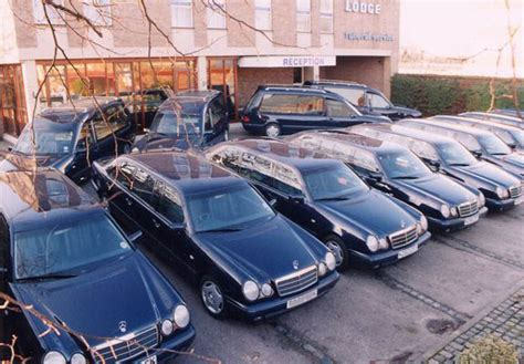 funeral limo hire birmingham funeral car limo hire