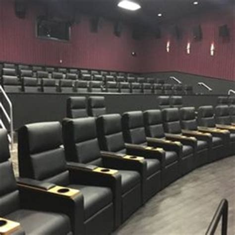Regal Cinemas Recliners by Regal Cinemas Evergreen Parkway 13 Rpx 47 Photos 104