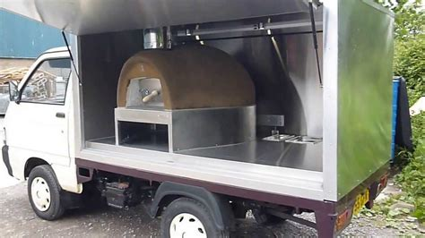 Oven Mobil mobile wood pizza oven
