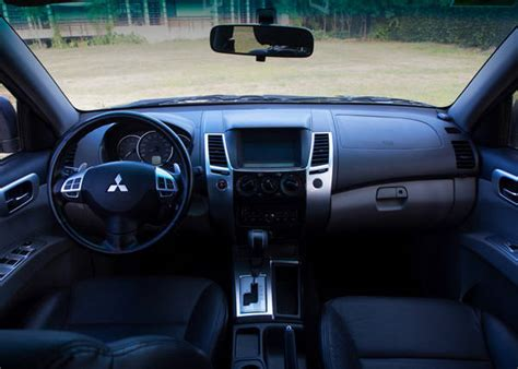mitsubishi sport interior review mitsubishi montero sport gls v at drives top