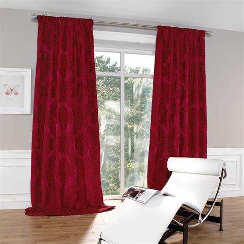 kleines zimmer grau streichen - Elegante Schlafzimmer Vorhänge