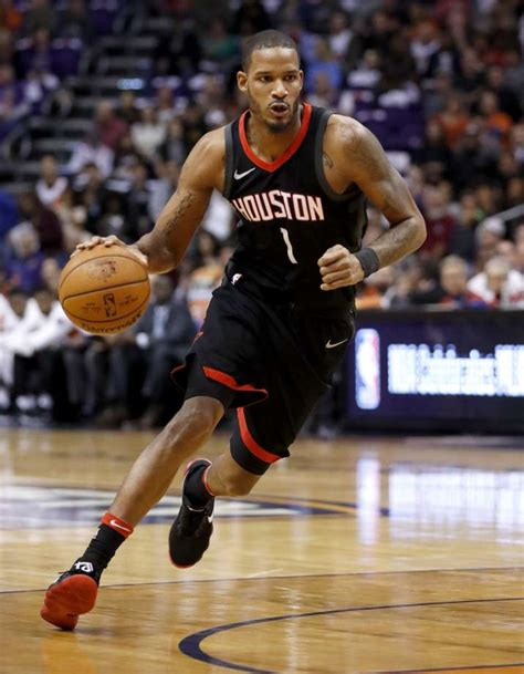 chris paul bench press rockets trevor ariza expected to miss more games chris
