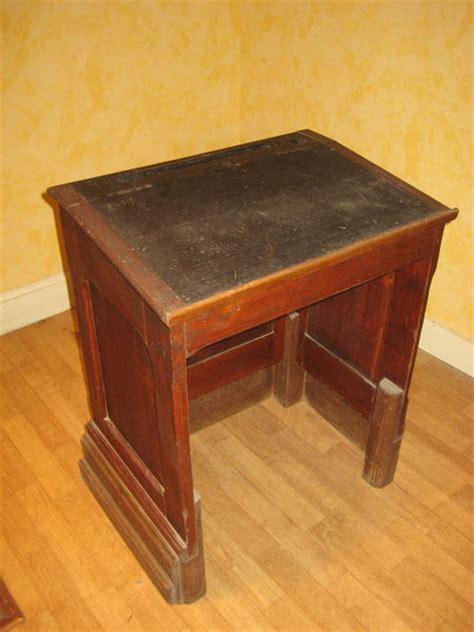 bureau ecolier en bois bureau ancien pupitre clasf