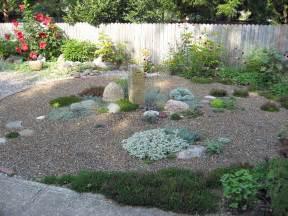 Garden Gravel Tim S Sweet Gravel Garden In Ohio Gardeny Goodness