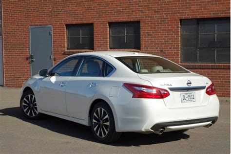nissan altima gas type 2016 nissan altima 2 5 sl gas mileage review page 2