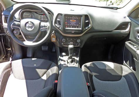 2014 Jeep Latitude Interior 2014 Jeep Latitude 4 215 4 Test Drive Nikjmiles