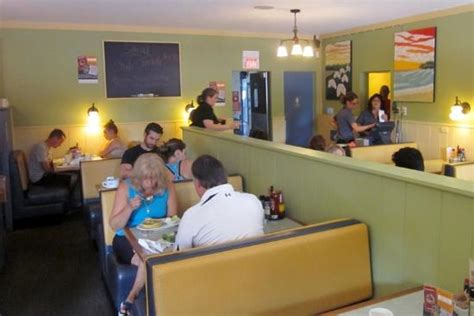 bustling dining room picture of omelette shoppe bakery