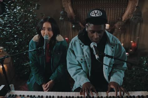 noah cyrus make me piano watch noah cyrus and labrinth s mesmerizing acoustic