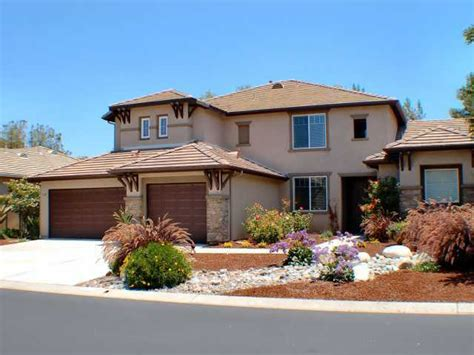 find your four bedroom home in fallbrook ca
