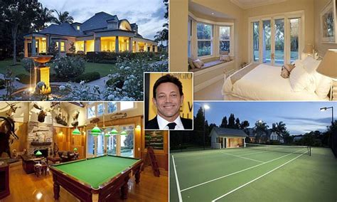 jordan belfort house jordan belfort hunts for brisbane mansion daily mail online