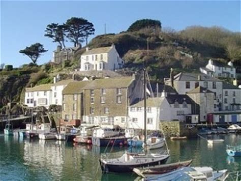 Rent A Cottage This Christmas Christmas Cottages On Homeaway Rental Cottages Cornwall