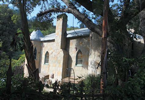 kat von d house kat von d s house caught fire this weekend 3 of 4 zimbio