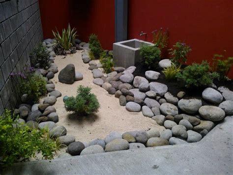 imagenes jardines secos jardines secos con pierda bruta idea dejaron pinterest