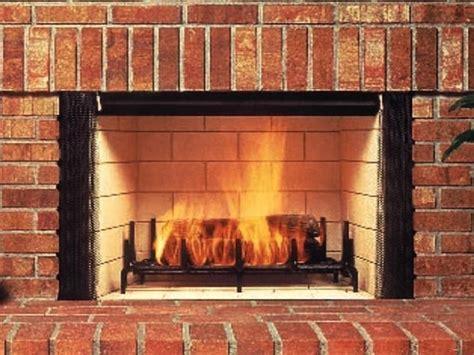 costruire camino a legna camini a legna camini come riscaldare coi camini