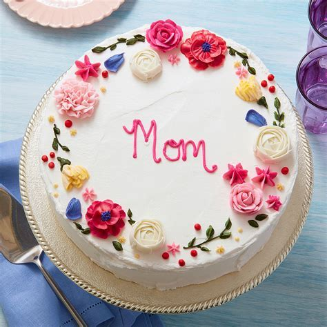 Circle of Love Mother?s Day Cake   Wilton