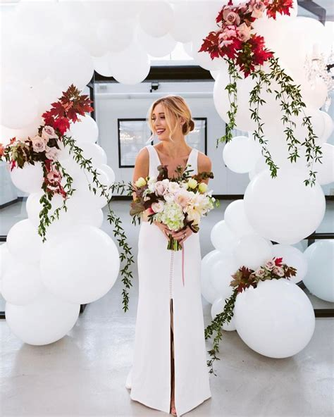 Wedding Backdrop Balloons by Best 25 Balloon Backdrop Ideas Only On