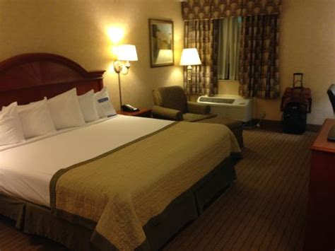 hotel with in room indianapolis room picture of baymont inn suites indianapolis south indianapolis tripadvisor