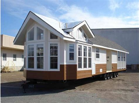 Tiny Houses For Rent In Florida super sixty park model