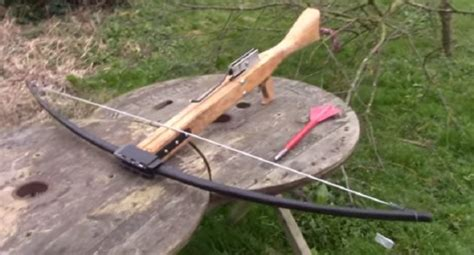 Handmade Crossbow - check out this 1 000 pound crossbow
