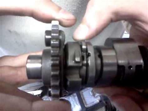 Ktm 640 Auto Decompressor by Honda Xr 650 R Camshaft Decompressor Cam Youtube