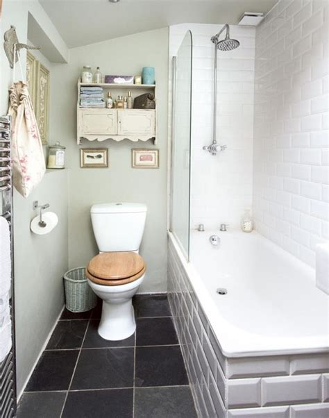 picking the right shower doors for your bathroom