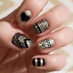 simple black and gold nail designs you can do yourself
