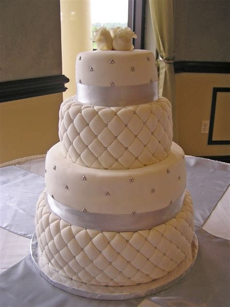 Quilted Wedding Cake Pictures best 10 quilted wedding cakes ideas on royal blue wedding cakes navy blue wedding