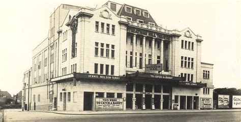 theater in hill a history of the streatham hill theatre streatham