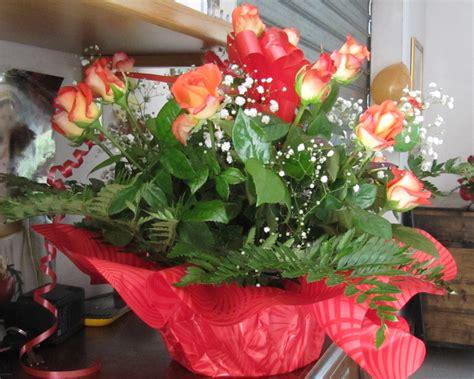 foto di mazzi di fiori per compleanni mazzo di fiori compleanno amica gpsreviewspot