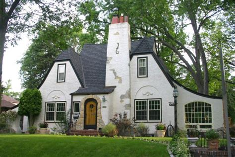 tudor style cottage 17 best images about english country cottage on pinterest