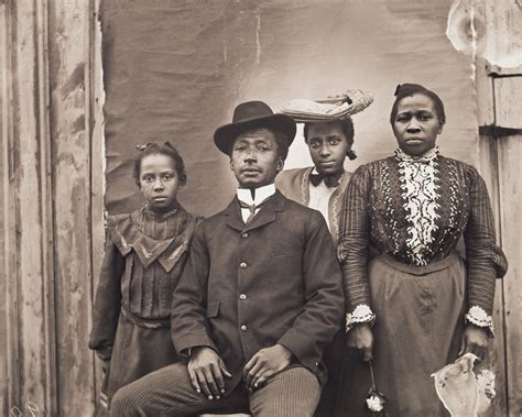 rediscovering an american community of color the photographs of william bullard 1897â 1917 books worcester museum rediscovering an american community